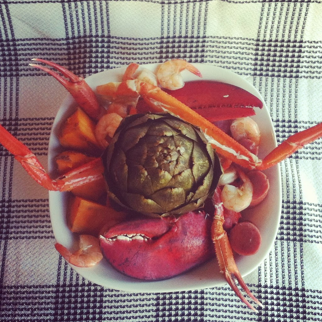 Lobster and Crab Seafood Boil | Plaid and Paleo
