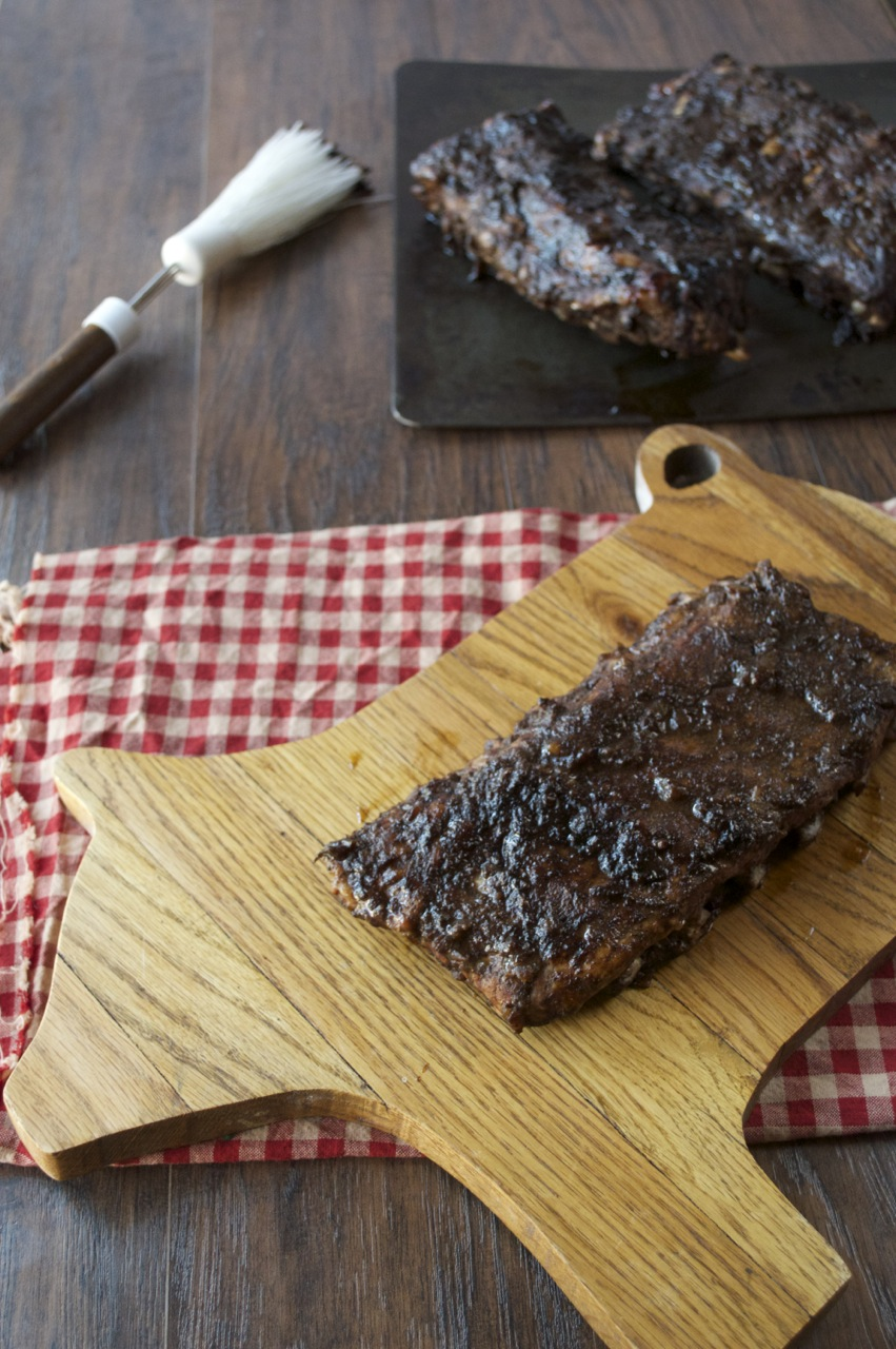 Paleo Balsamic Apple Ribs