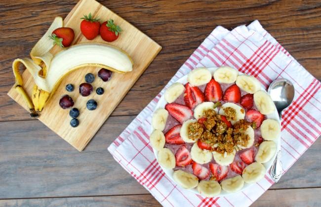 Acai Berry Bowl | Plaid and Paleo