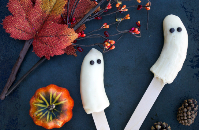 Spooky Banana Pops | Plaid and Paleo