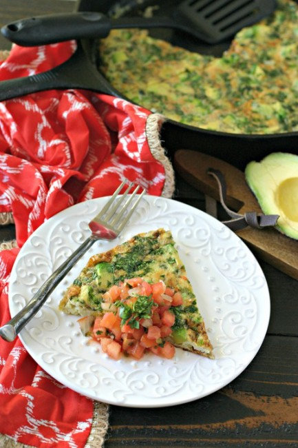 Deconstructed Guacamole Frittata | 25+ Whole30 Breakfast Casseroles
