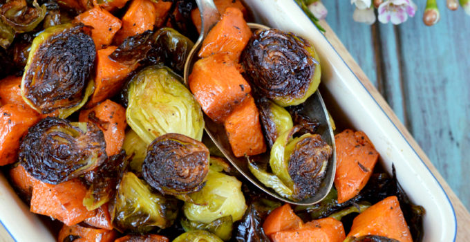 Honey-Sriracha Sweet Potatoes and Brussels Sprouts